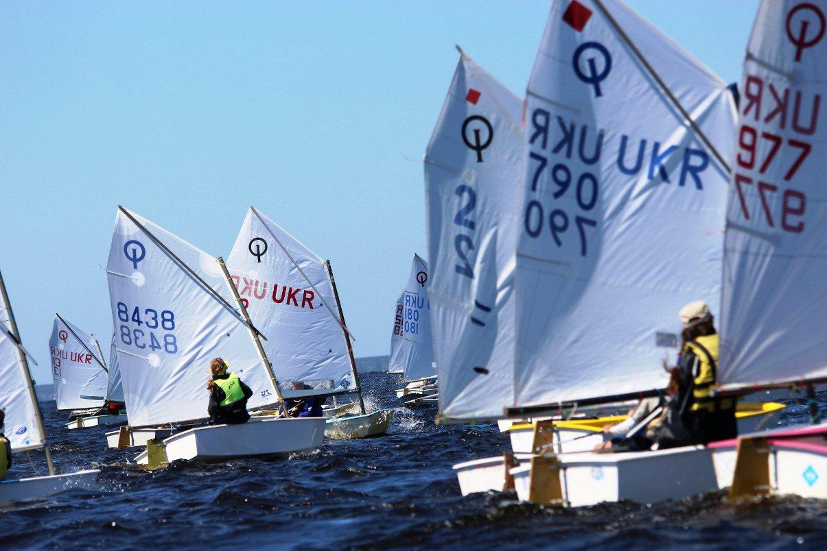 Summer_sailing_camp